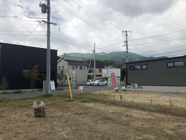 山口県岩国市通津で販売中の土地『つづきあいのまち』の草抜きをしました