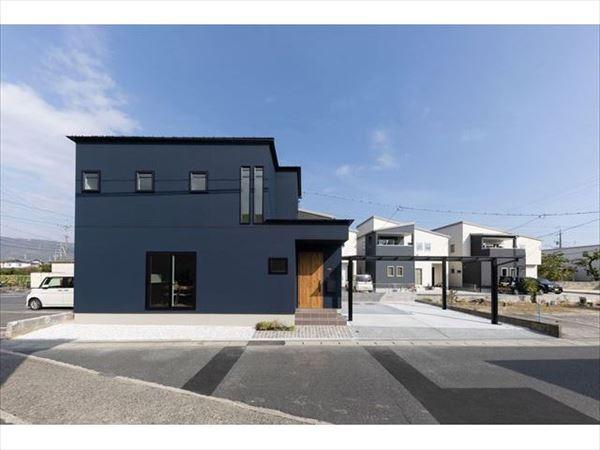 山口県岩国市の工務店の新築住宅です。