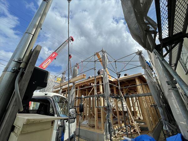 山口県岩国市で平屋の注文住宅の建方をしました。