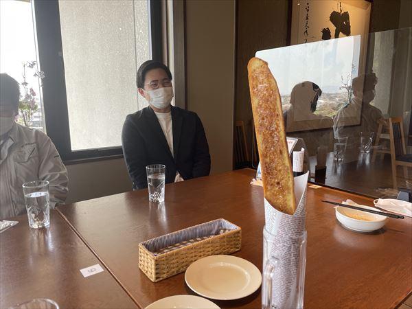 山口県岩国市の山の丘レストランのバケッ塔です。