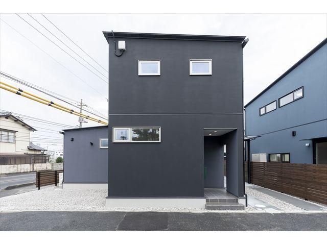 和木町 新築注文住宅『家の中心は庭の家』