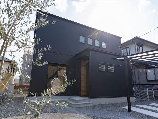 山口県 周南市 新築注文住宅『南北に風がつながるリビングのある家』