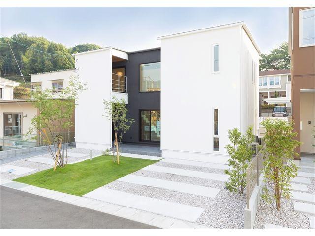 モデルハウス「two sides house(両面の家)」