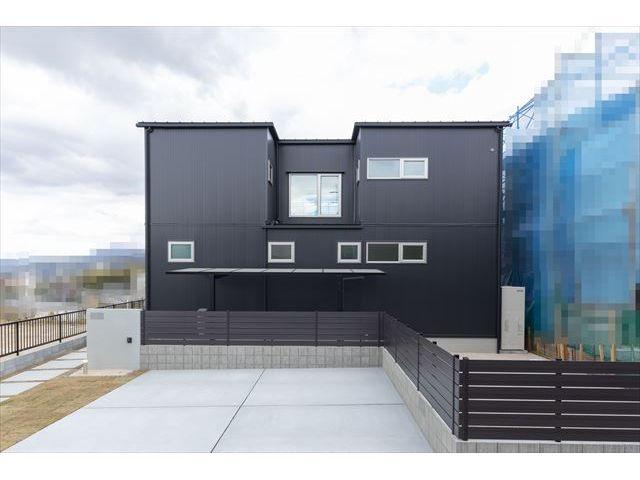 山口県 周南市 新築注文住宅『カーテンを開けて暮らせる家』