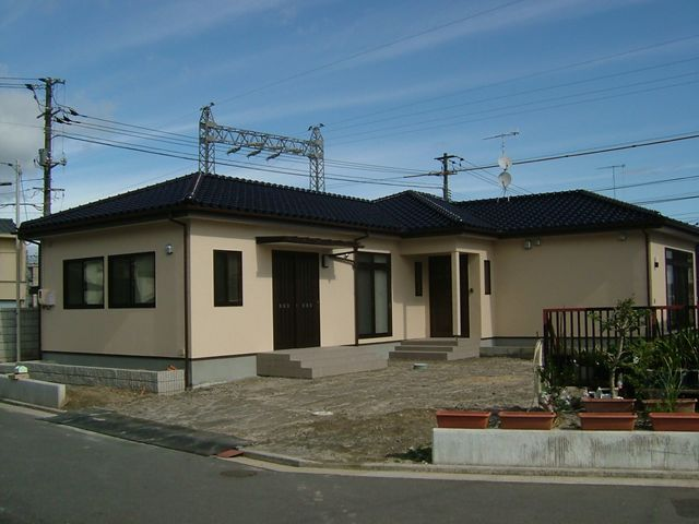岩国市 新築注文住宅『無垢のフローリングを施した平屋建て』