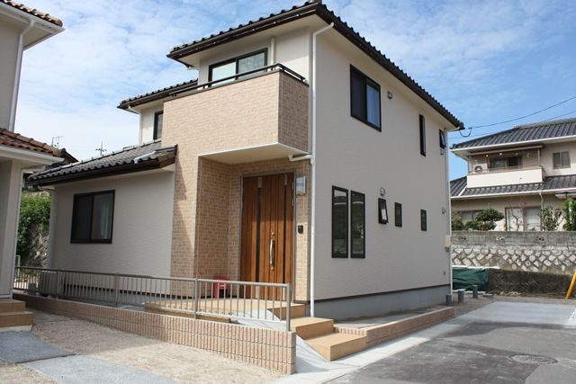 岩国市 新築注文住宅『ガラスブロックのある家』