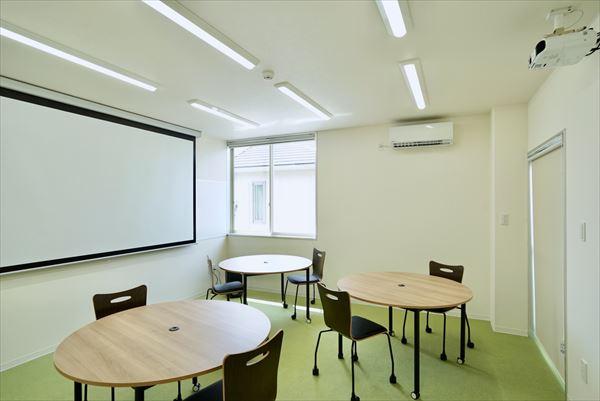 山口県下松市のセミナールームです。