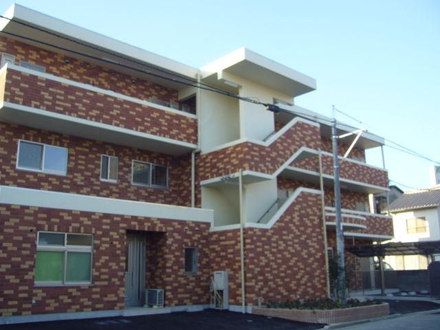 岩国市昭和町 賃貸住宅 煉瓦の家 グランドソレール