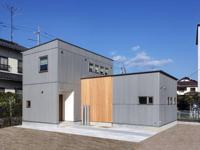 R+house iwakuni  「楽な家」