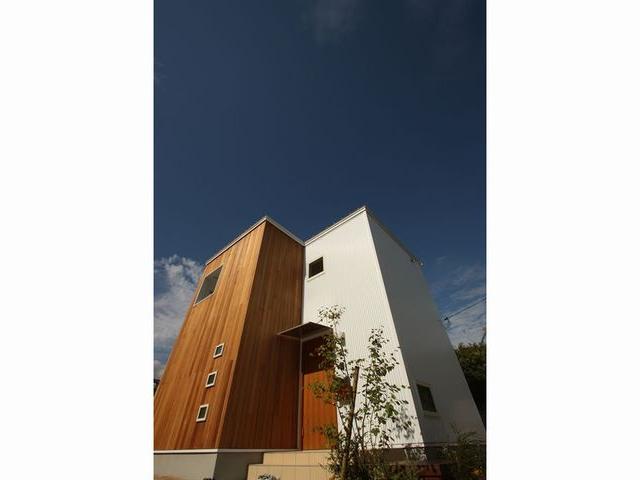 R+house 暮らしに合った高性能な住宅
